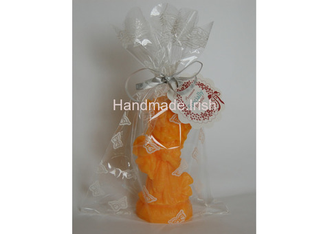 Scented candles with orange / lavender fragrance