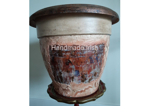 Egyptian style flower pot